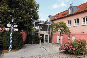 Pflegeimmobilien Kapitalanlage   Pflegezentrum Esterhofen   Bürgermeister-Zeiner-Ring 36   85256 Vierkirchen   Bayern